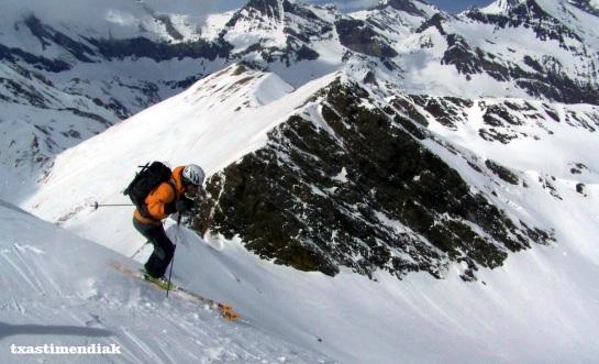 Una de las pocas fotos que tenemos del descenso (como suele ser habitual, paramos poco...)