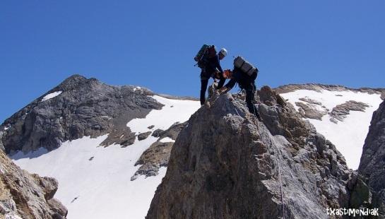 Desde el col des Glaciers se escala al Petit Pic