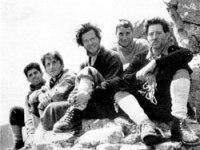 La foto de los cinco aperturistas...