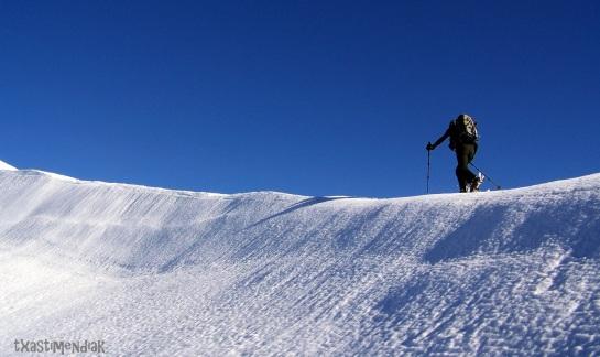Oskar poco antes de llegar a la Cuña (2.008 m)