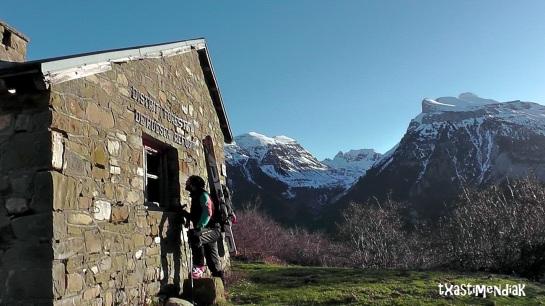 Primera parada del día: la cabaña de la majada de Gabardito