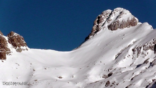Pico Lecherín: muy apetitoso desde el este...