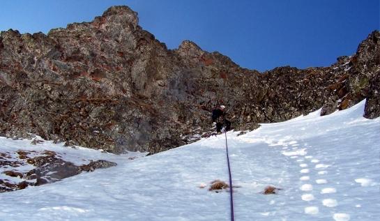 Oskar en la parte superior de la norte del Anayet...