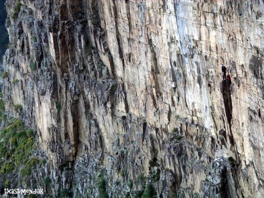 Una vista muy original durante mi escalada de la Ravier