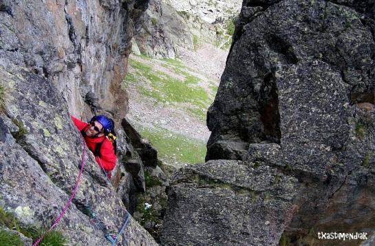 Continuando hacia la cima de la Charlanon...