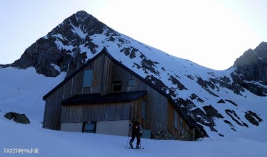 Refugio de Estagnous (2.245 m)