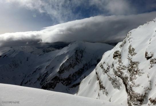 Kilómetros de valles y cimas por descubrir...