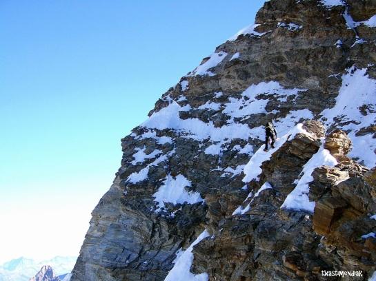 Ambiente en la cresta antes de destrepar al Col Félicité