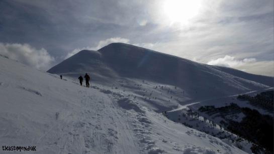 Recorriendo la parte alta de la cresta que conduce al San Lorenzo...